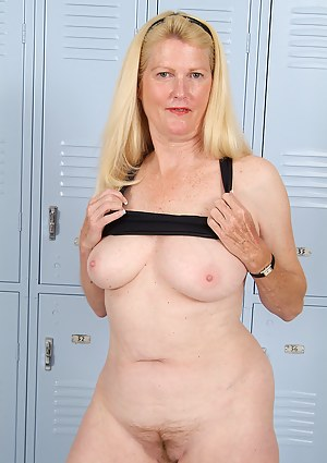 Free Locker Room Porn Pictures